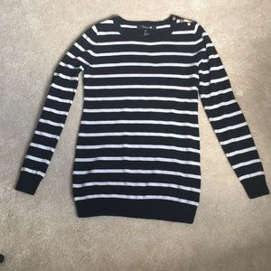 FOREVER 21 Black and White Striped Sweater Top - S